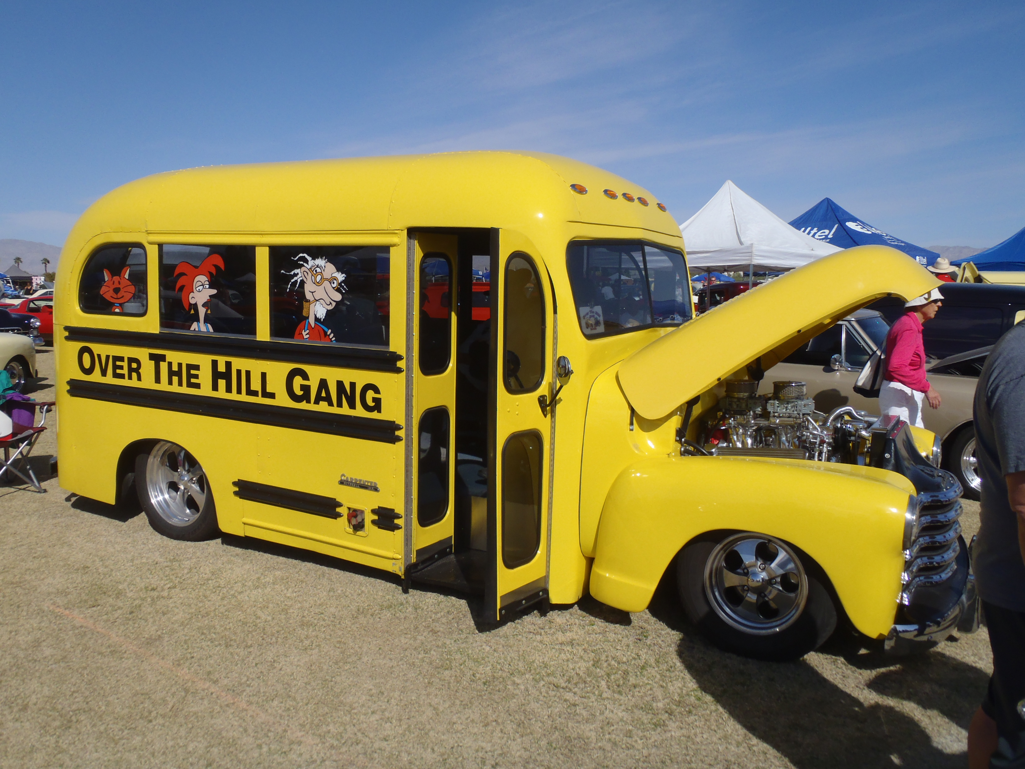 OTHG-Berdoo Hot Rod School Bus at the Dr. George Show in ...