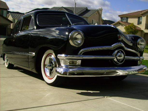 Image of 1950 FORD CUSTOM SEDAN 2 DR