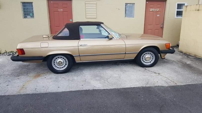 Image of 1985 Mercedes Benz 380 SL (FL) - $29,900
