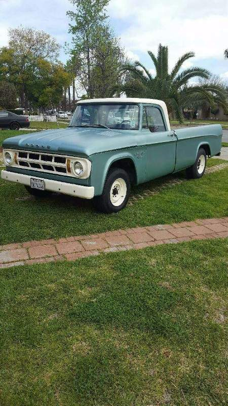 Image of 1968 Dodge D200